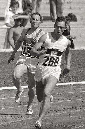 Voitto Hellsten - Voitto Hellsten chasing Hans-Joachim Reske in the 400 m heats at the 1960 Olympics