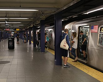 Chambers Street–World Trade Center/Park Place/Cortlandt Street (New York City Subway) - Local platform
