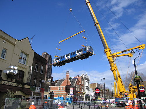 Waterloo and City crane 2006 wide.jpg