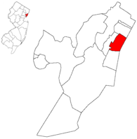 Weehawken highlighted in Hudson County. Inset: Location of Hudson County highlighted in the State of New Jersey.