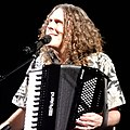 Weird Al Yankovic at the Apollo Theater (40071368795).jpg