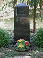 Wilmersdorfer Waldfriedhof Stahnsdorf - Grab Baluschek.jpg