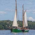 Wooden boat 4370.jpg