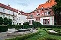 Wroclaw- ogrod Ossolineum.jpg