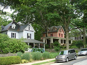 Wyncote, Pennsylvania - Queen Anne-style houses in the district