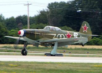 Yakovlev Yak-9 - Yak-9 Racer