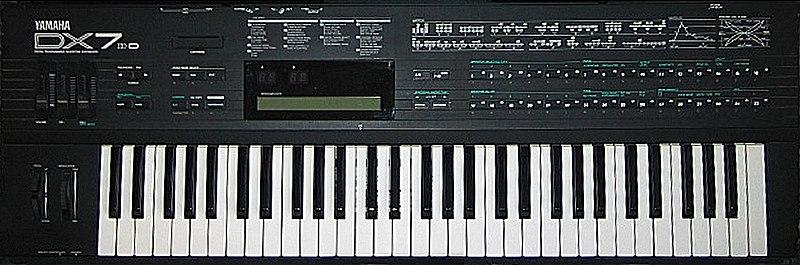800px-Yamaha_DX7IID.jpg