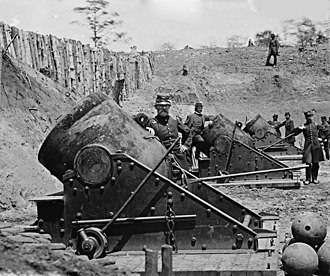 Siege artillery in the American Civil War - Federal battery with 13-inch seacoast mortars, Model 1861, during the Siege of Yorktown, Virginia (1862).
