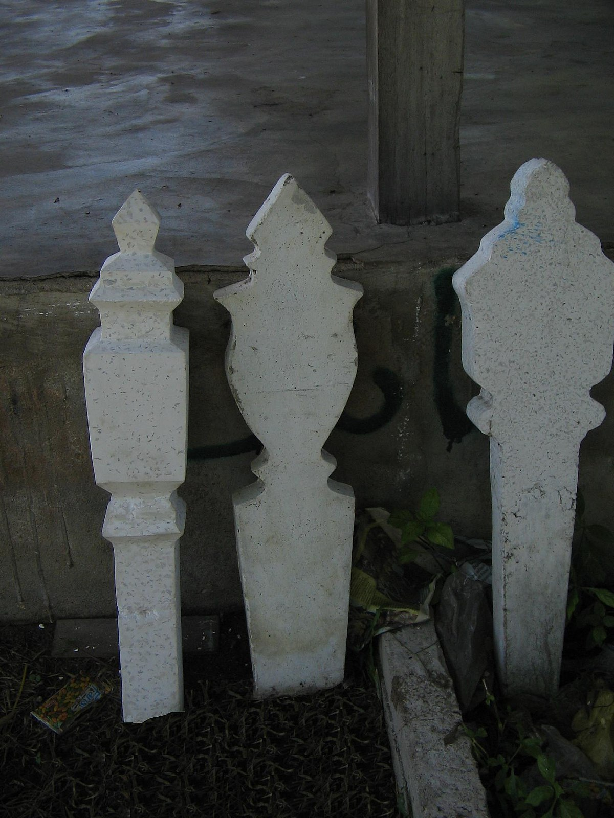 Batu nisan - Wikipedia Bahasa Melayu, ensiklopedia bebas