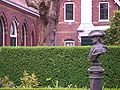 Zaandam-Peter-I-House-shell-and-Peter-I-bust-0314.jpg