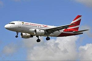 Air Mauritius - Air Mauritius Airbus A319 landing at Sir Seewoosagur Ramgoolam International Airport (June 2011)