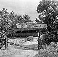 'Oompie's Lust Hof', huis in Suriname, Bestanddeelnr 252-6437.jpg