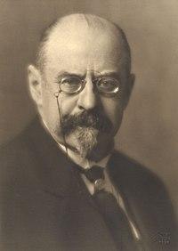 Émile Vandervelde (1866–1938) 1927 © Georg Fayer (1892–1950) OeNB 10449449.jpg