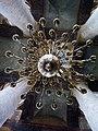 Астраханский кремль, храмовая люстра.jpg