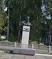 Пам'ятник Герою Радянського Союзу М.В. Кадуну 74-203-0036.jpg