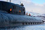 Прибытие атомного подводного ракетного крейсера Северного флота «Орёл» в пункт постоянного базирования 08.jpg