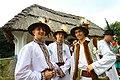 Чоловіки у національних костюмах.jpg