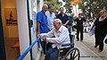 טקס גזירת הסרט בחנוכת בית הנוטרים, על ידי מאיר פולק, בן 104, שהיה מפקד הנוטרים בבנימינה.JPG