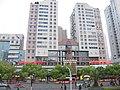 中山公园对面的江南大厦 - panoramio.jpg