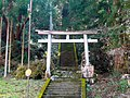 厳島神社の鳥居 東吉野村中黒 Shrine gate of Itsukushima-jinja 2011.2.22 - panoramio.jpg