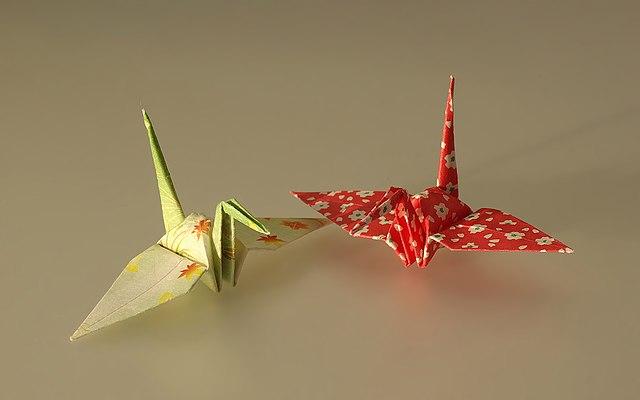 make: 1000 origami cranes