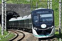 東急田園都市線2020系.jpg