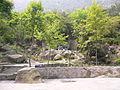 石岩屋旁边的休闲处 - panoramio.jpg