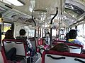 路線バス車内 2017 (33108377202).jpg