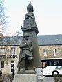 006 Le Vieux-Marché Monument aux morts.JPG