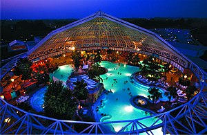 Therme Erding - Sauna, thermal pools, and Stonehenge