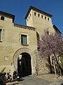 035 Can Ferrer Pi i el portal d'en Nin, pl. Llarga - c. Sant Antoni (Vilanova i la Geltrú).jpg