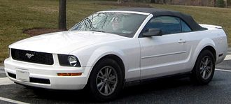 Ford Mustang (fifth generation) - 2005–2009 Ford Mustang V6 convertible