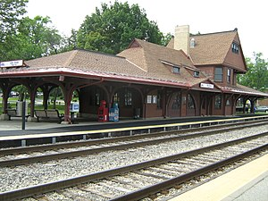 111th Street–Morgan Park (Metra station) - Image: 111th Street Morgan Park Metra Station