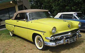 Ford Crestline - 1954 Ford Crestline Sunliner