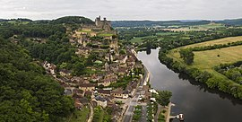 Beynac and its château by the Dordogne River