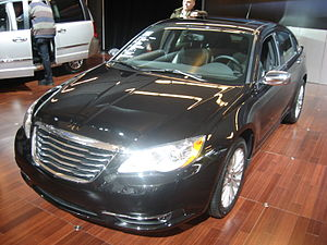 English: 2011 Chrysler 200 demonstration at th...
