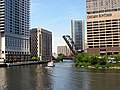 20120517 06 Chicago River @ Wolf Point (8216291331).jpg