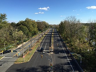 Ewing Township, New Jersey - View north along the Daniel Bray Highway and River Road (NJ 29 and NJ 175) in Ewing