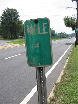 County Route 549 (New Jersey) - Vintage Milemarker on CR 549 southbound