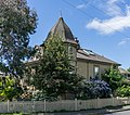 A house on the crossroads of Robert and Seaforth St, Victoria, British Columbia, Canada 02.jpg