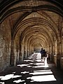 Abbaye de la Chaise-Dieu - Le cloître.jpg