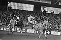 Ajax tegen Telstar 1-1, Brokamp scoort, midden keer Bloem, Bestanddeelnr 927-7274.jpg