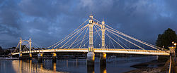 Albert Bridge, London - Oct 2012.jpg