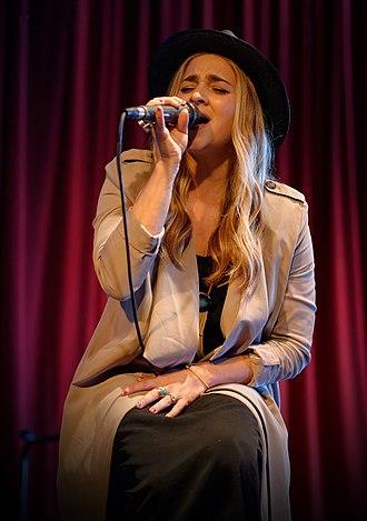 Alisan Porter - Alisan Porter in 2015