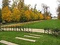 Allée du chateau de Rentilly en automne.jpg