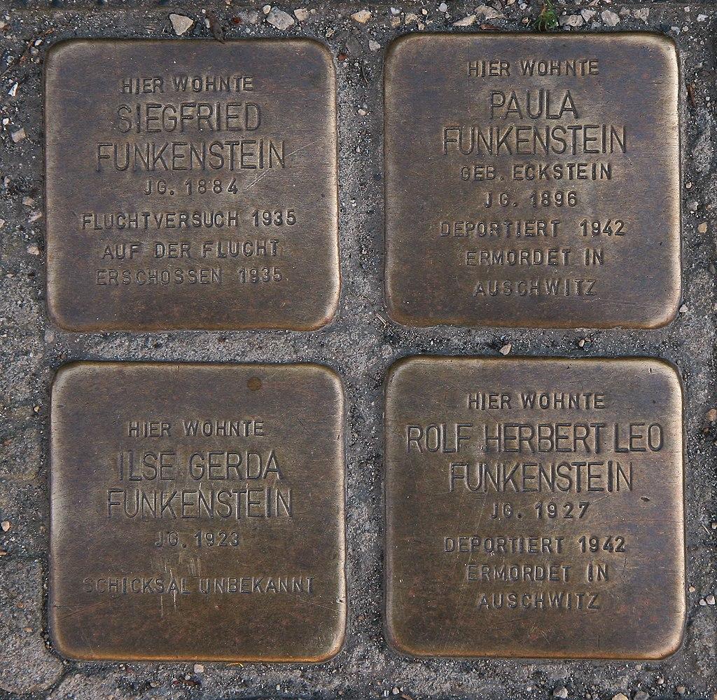 Amberg-StolpersteineFunkenstein1-Bubo.JPG