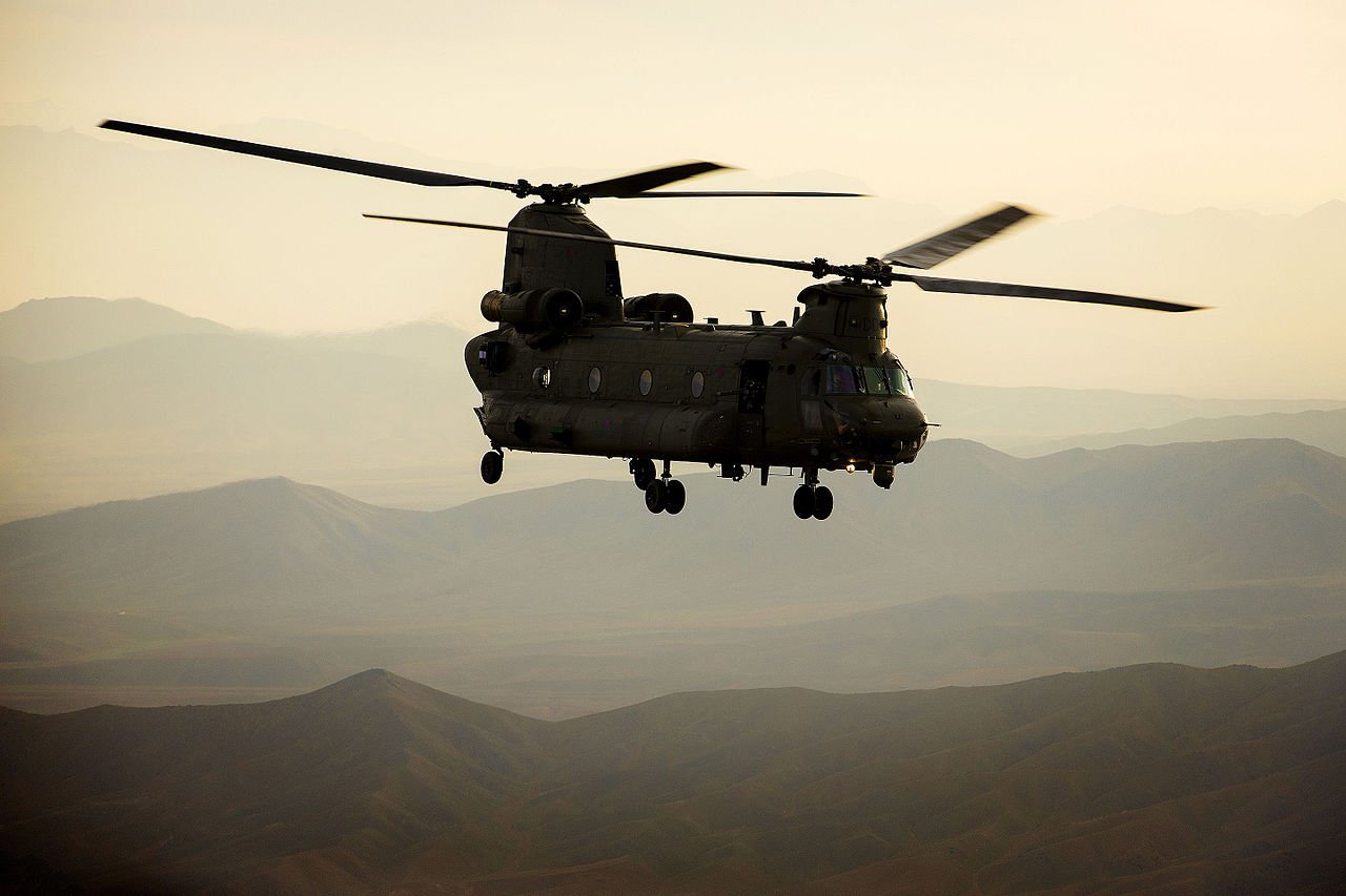 File:An RAF Chinook he...