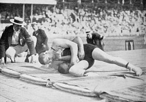 Anders Ahlgren - Anders Ahlgren winning against Béla Varga at the 1912 Olympics