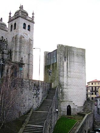 Casa da Câmara - The tower and staircase to the Casa da Câmara