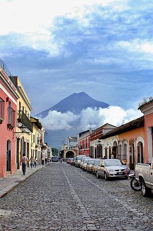 Volcán de Agua - Image: Antigua Giron 1